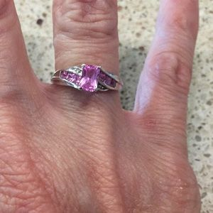 Unknown Jewelry - Diamond and Sapphire Ring